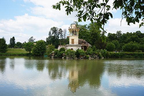 Restauração da casa de Maria Antonieta em Versailles