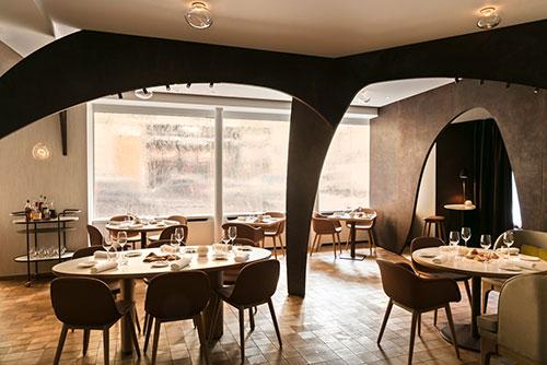 bom restaurante perto do Trocadero