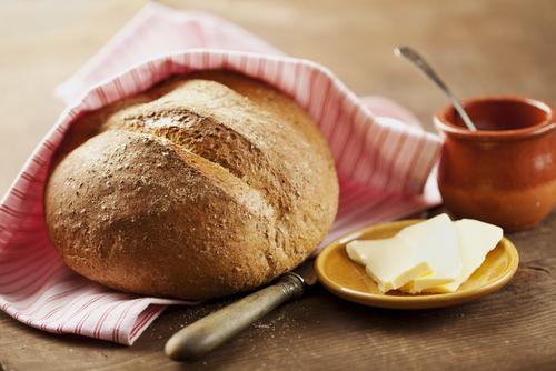 Como comer pão em ocasiões formais