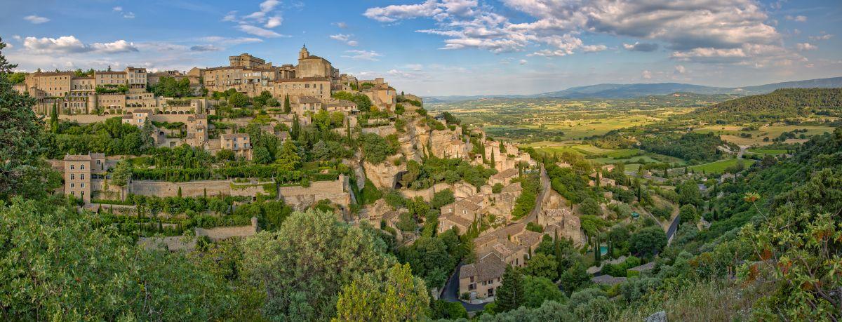O vilarejo de Gordes no Luberon, Provence.