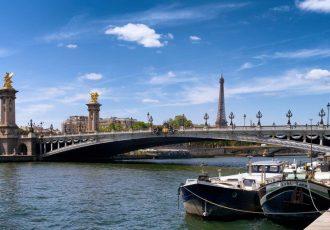 ponte alexandre iii torre eiffel