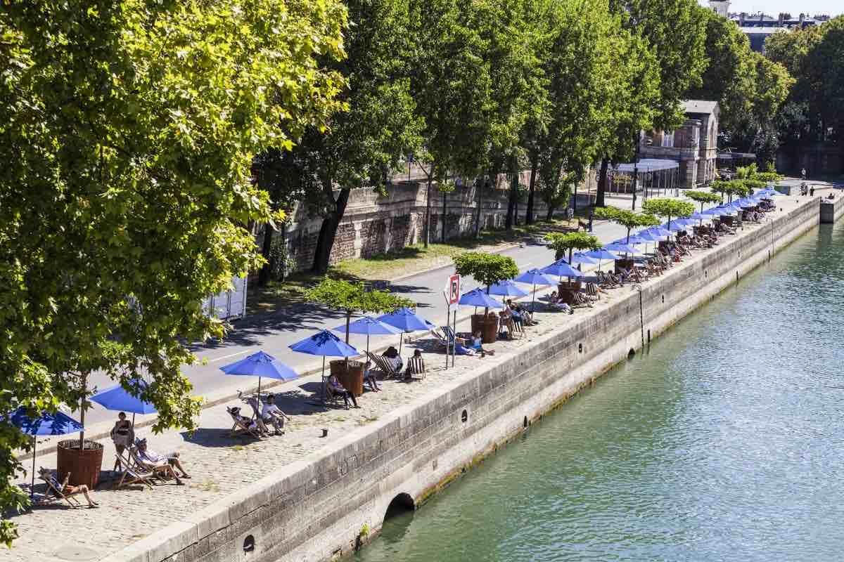 paris plage paris em agosto