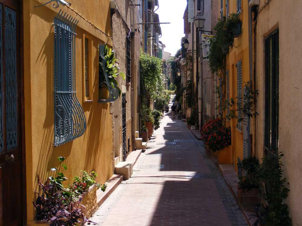 O que visitar na Côte d'Azur: Antibes, o lindo vilarejo à beira-mar onde morou Picasso.