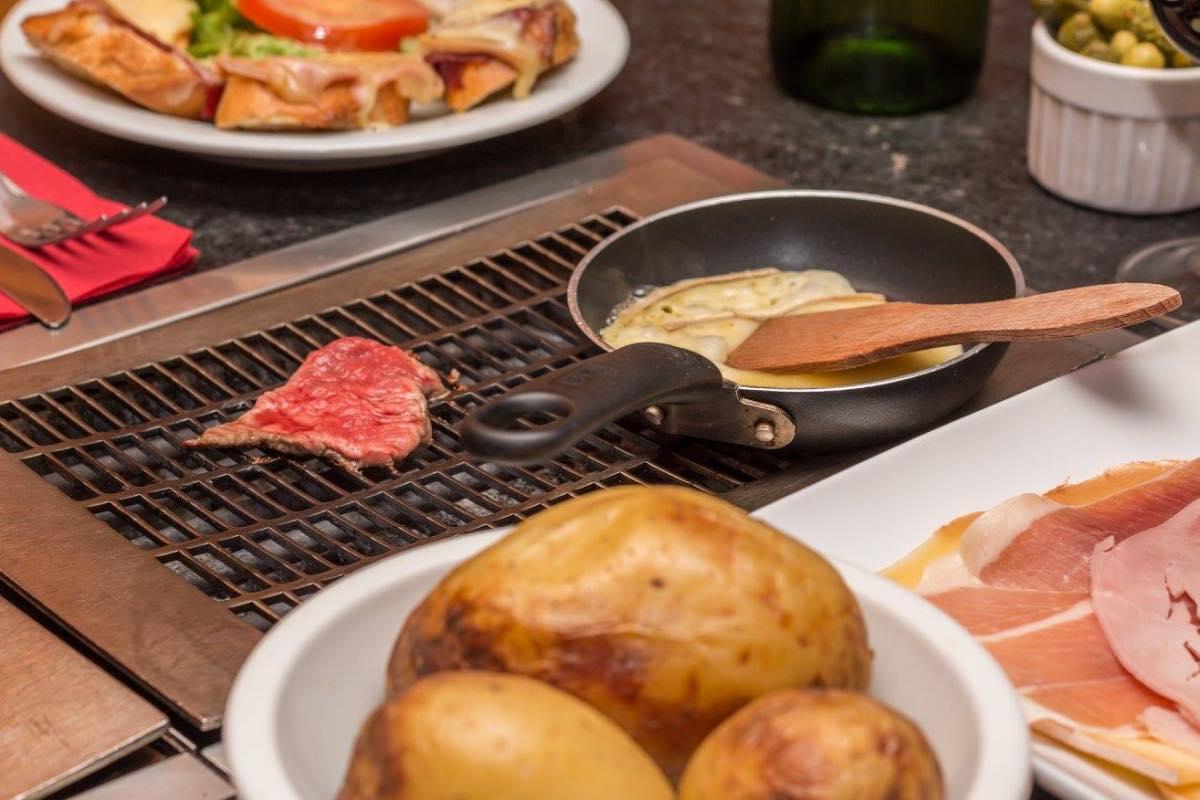 raclette prato típico paris mes mais frio