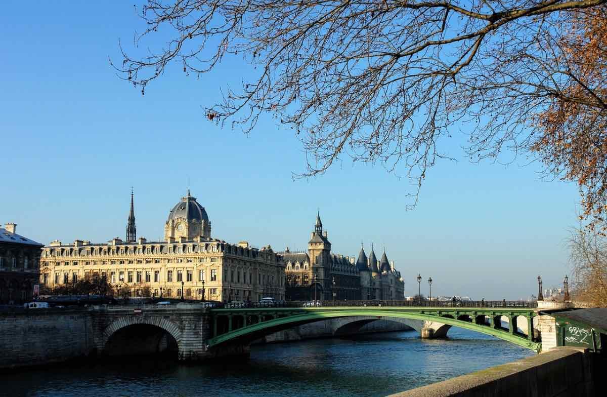 paris em fevereiro