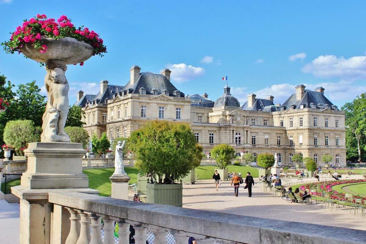 primavera em paris luxemburgo