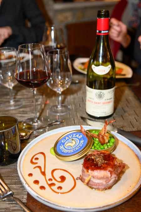 Vinhos da Borgonha: a taça ideal tem o fundo arredondado e o topo mais fechado.
