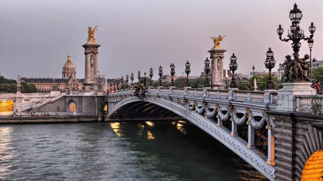 Pontos turísticos de Paris: a ponte Alexandre III