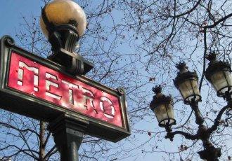 metro paris letreiro